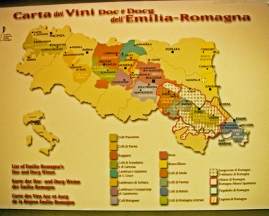 122414 FD wine Italy map