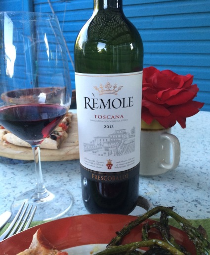 The Marchesi dé Frescobaldi Rémole 2013 is perfect for summer dining. Served slightly chilled, it's bright flavors match well with casual seasonal dining.
