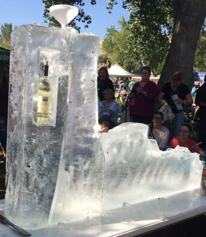 Wayne's ice carving